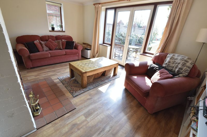 4 bedroom  to buy in Butterfield Green Road, Luton - Photo 43