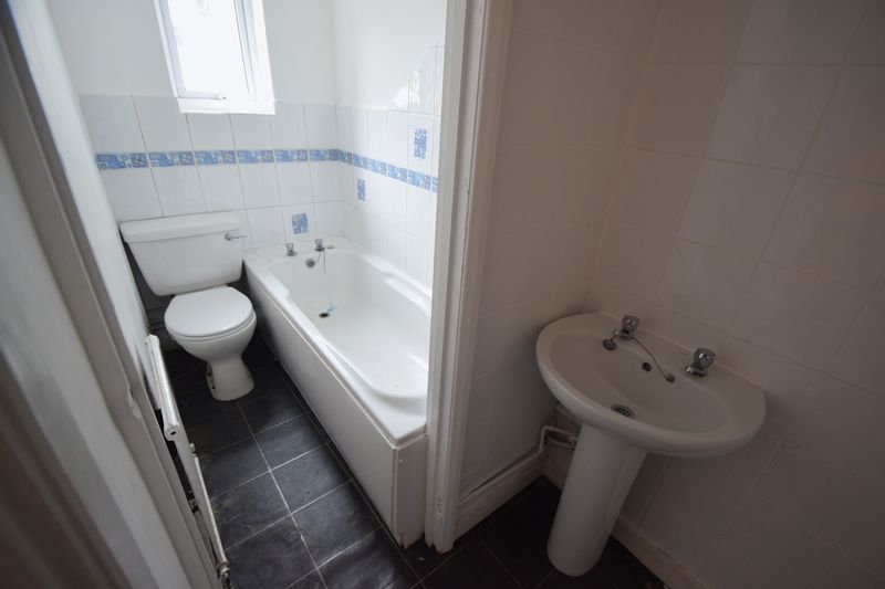 2 bedroom Apartment / Studio to rent in Hitchin Road, Luton - Photo 7