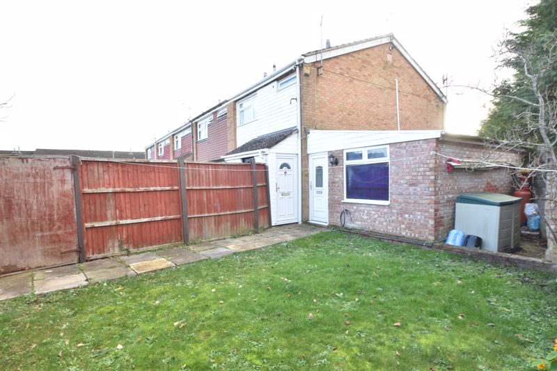 3 bedroom End Terrace to buy in Berry Leys, Luton - Photo 4