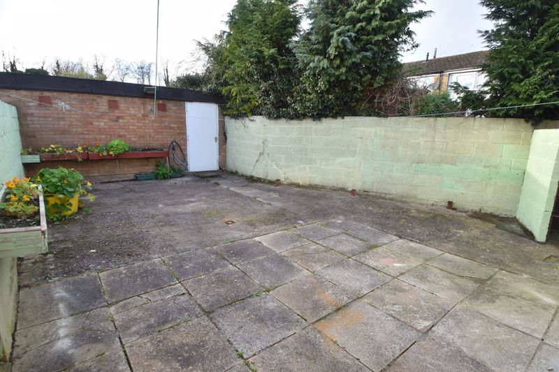 3 bedroom End Terrace to buy in Berry Leys, Luton - Photo 6