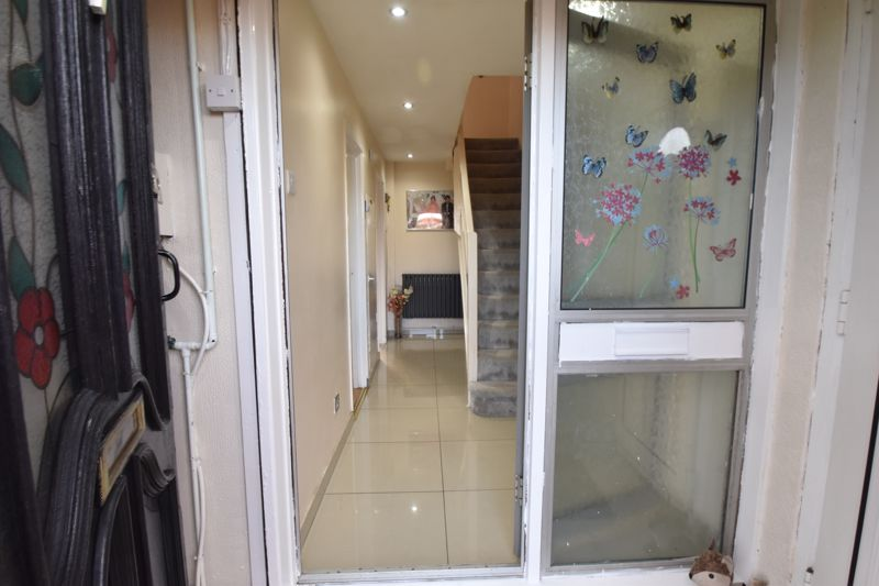 3 bedroom End Terrace to buy in Berry Leys, Luton - Photo 10