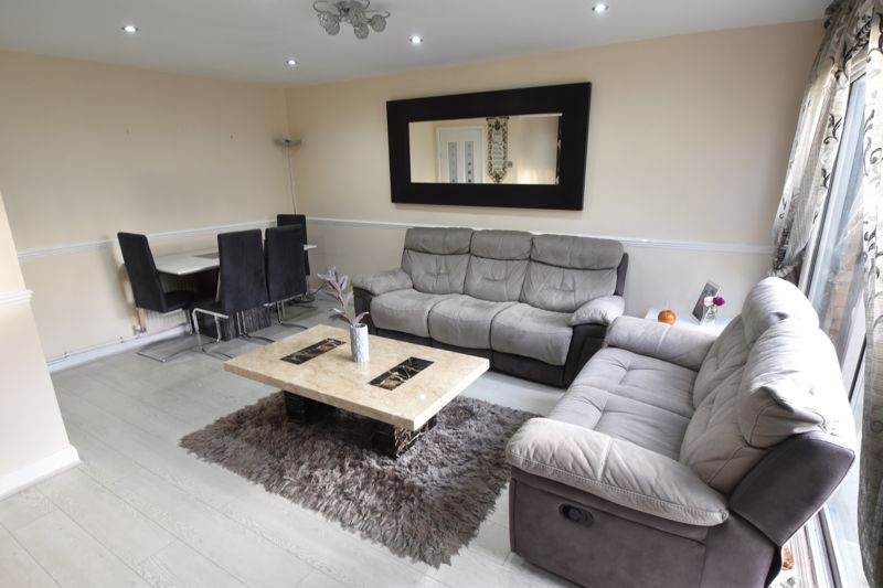 3 bedroom End Terrace to buy in Berry Leys, Luton - Photo 14