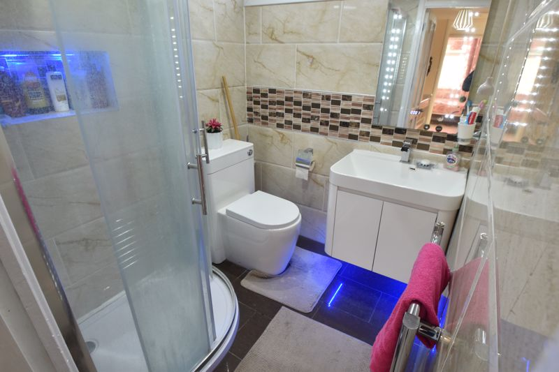 3 bedroom End Terrace to buy in Berry Leys, Luton - Photo 19