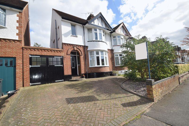 3 bedroom Semi-Detached  to buy in Elmwood Crescent, Luton