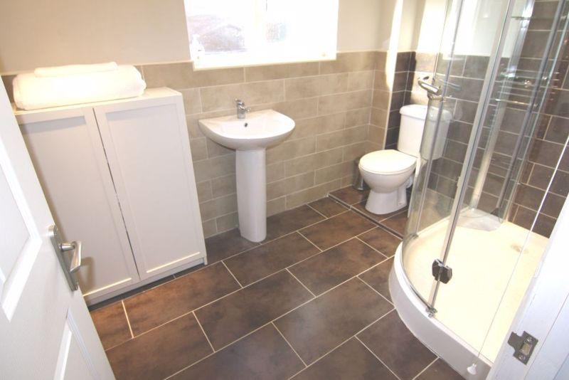 1 bedroom Apartment / Studio to rent in Mossbank Avenue, Luton - Photo 6