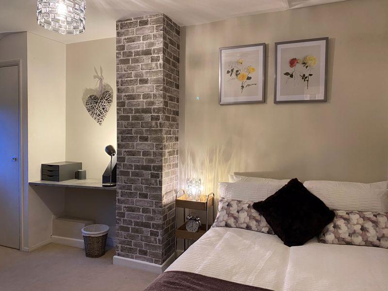 1 bedroom Apartment / Studio to rent in Mossbank Avenue, Luton - Photo 1