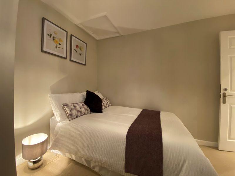 1 bedroom Apartment / Studio to rent in Mossbank Avenue, Luton - Photo 3