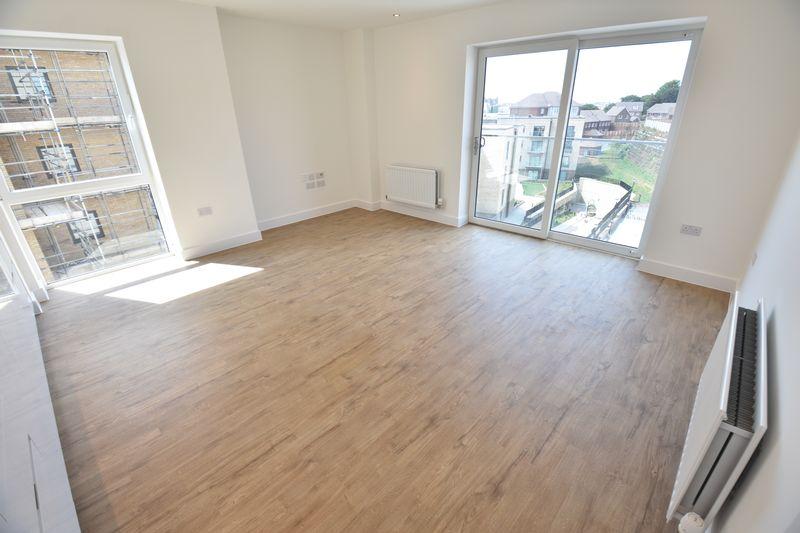 2 bedroom Flat to rent in Kimpton Road, Luton