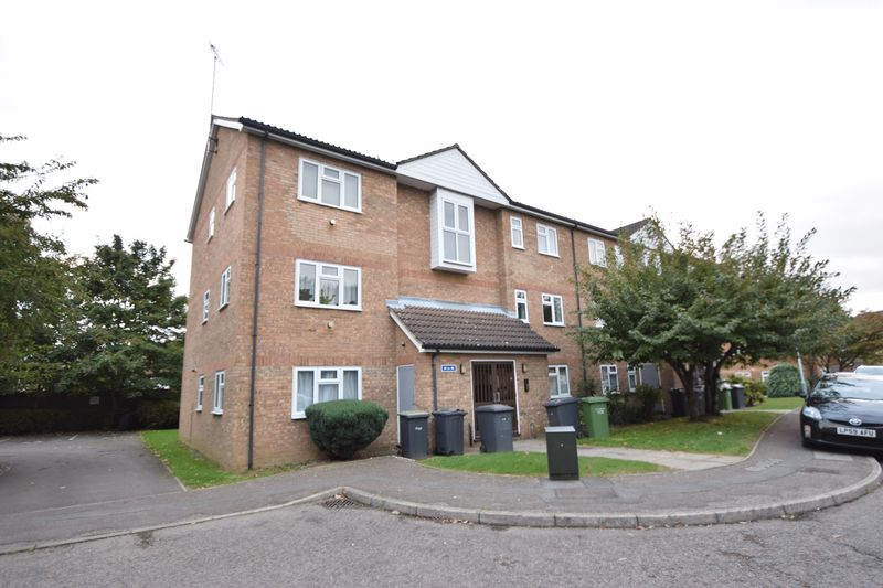 2 bedroom Apartment / Studio to rent in Quilter Close, Luton