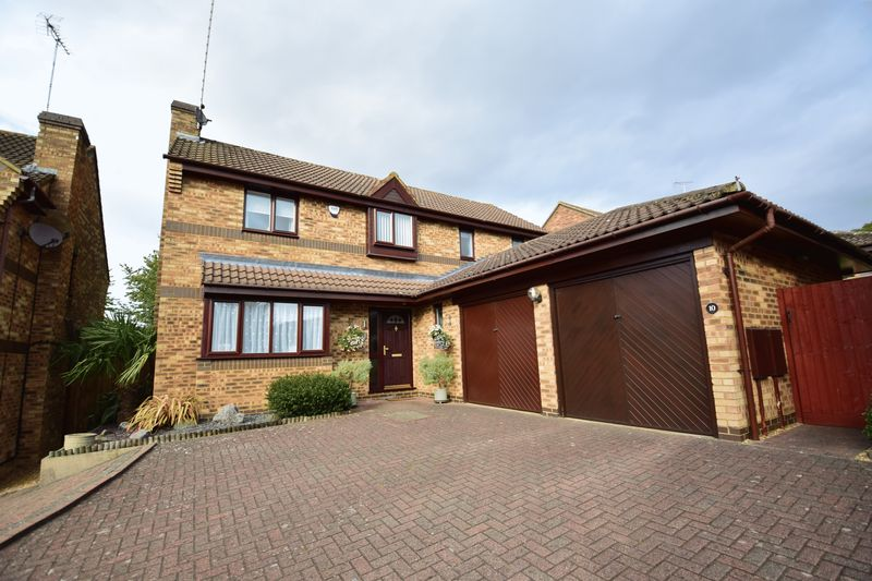 4 bedroom Detached  to buy in Lippitts Hill, Luton - Photo 23