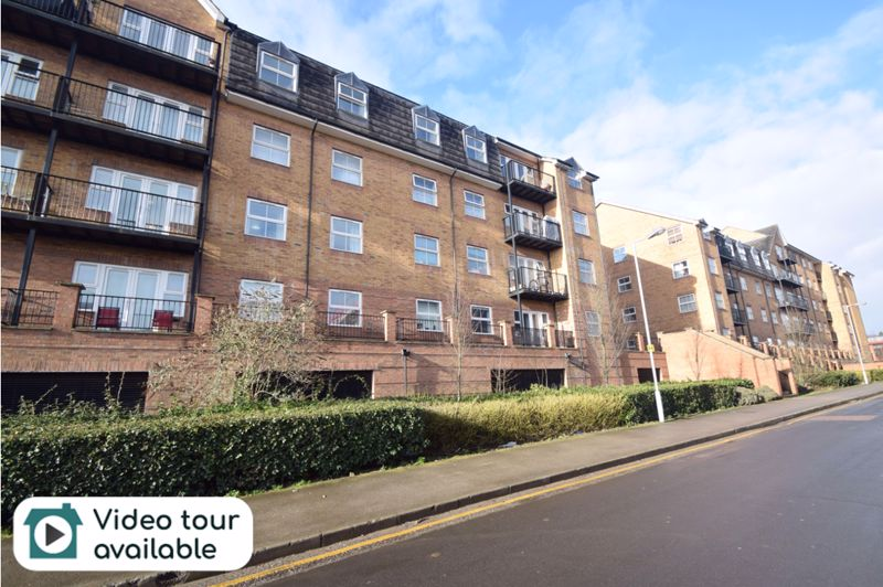 2 bedroom Flat to rent in Holly Street, Luton