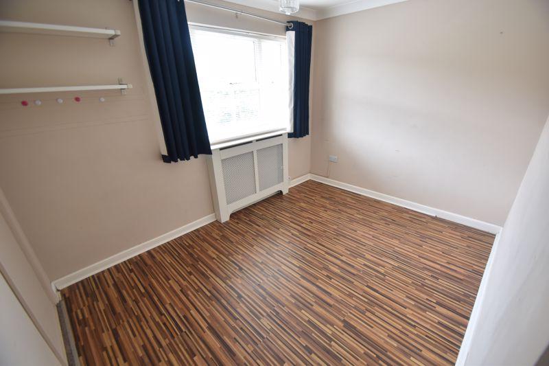 4 bedroom Detached  to rent in Sworder Close, Luton - Photo 3