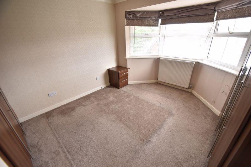 4 bedroom Detached  to rent in Sworder Close, Luton - Photo 6
