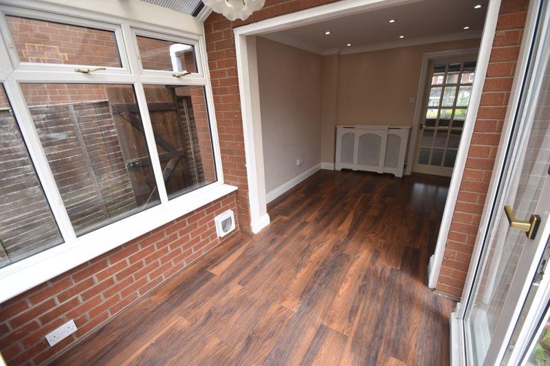 4 bedroom Detached  to rent in Sworder Close, Luton - Photo 14