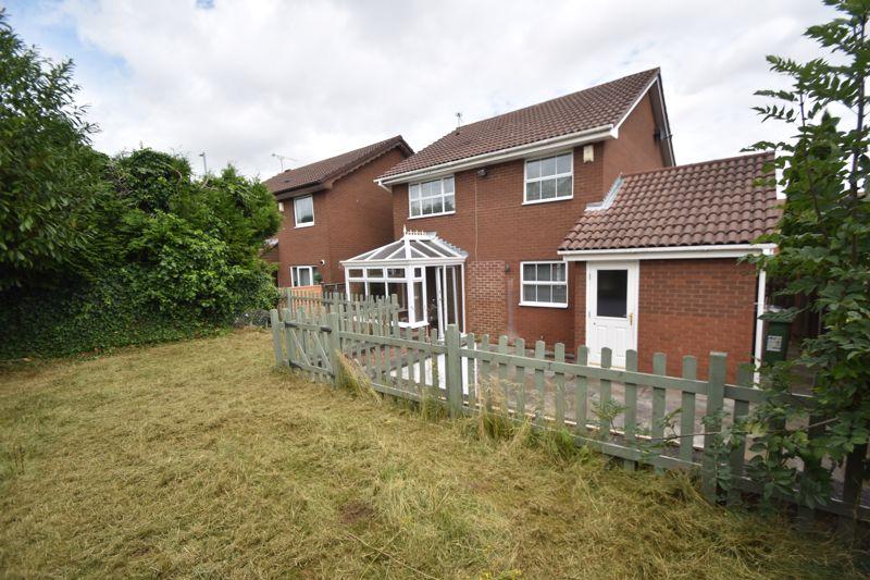 4 bedroom Detached  to rent in Sworder Close, Luton - Photo 23