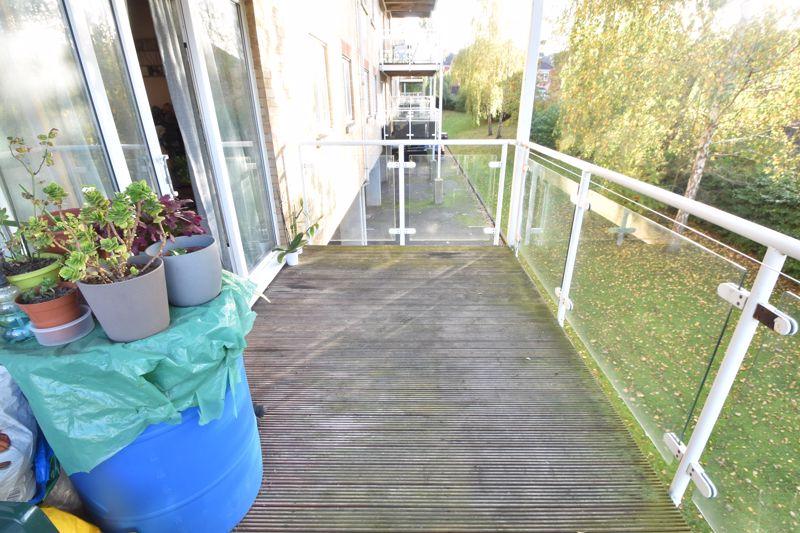 2 bedroom Apartment / Studio to buy in Foxglove Way, Luton - Photo 8