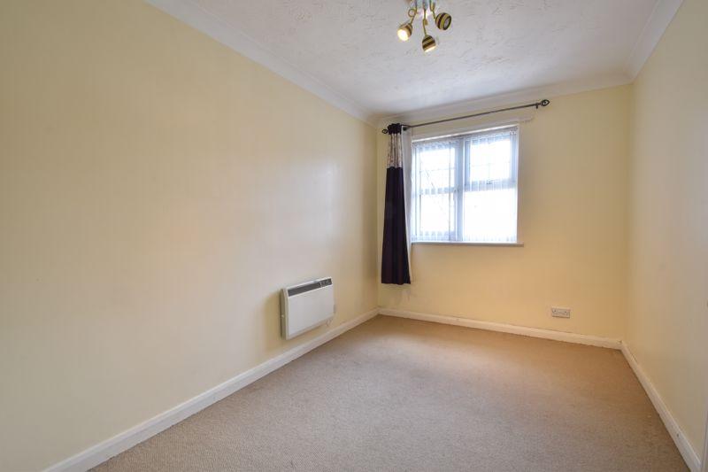 2 bedroom Flat to buy in Earls Meade, Luton - Photo 8