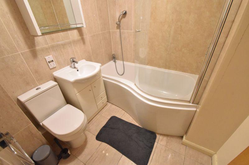 2 bedroom Flat to buy in Earls Meade, Luton - Photo 9