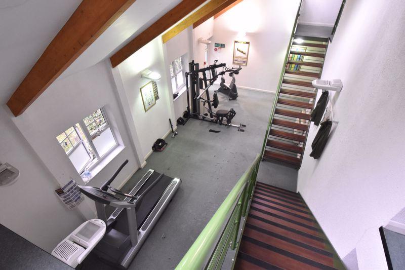 2 bedroom Flat to buy in Earls Meade, Luton - Photo 12
