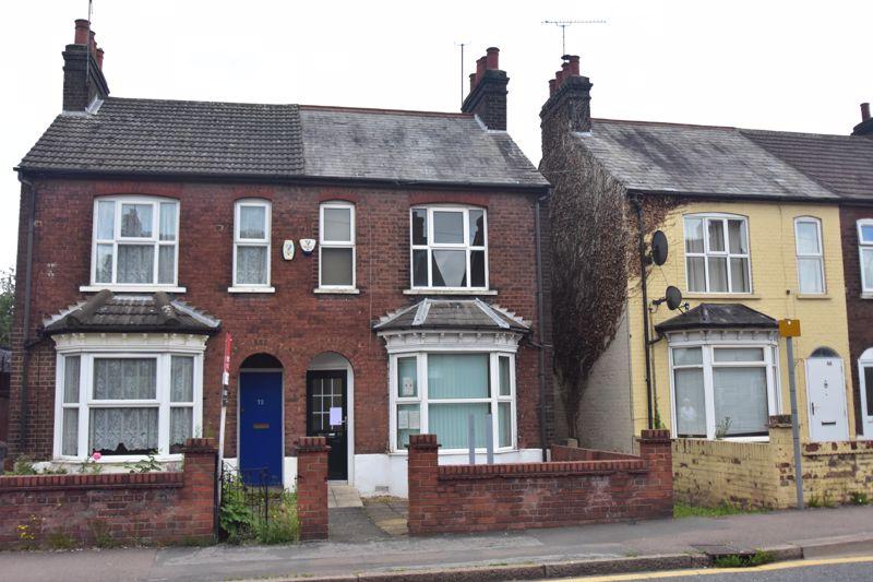 3 bedroom Semi-Detached  to buy in Marsh Road, Luton