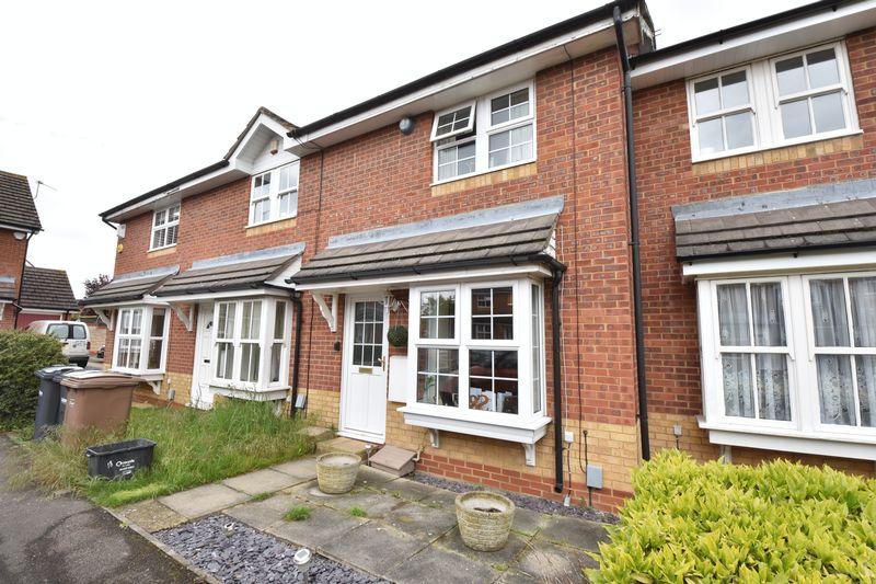 2 bedroom Mid Terrace to rent in Cresswell Gardens, Luton