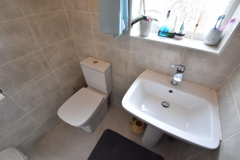 3 bedroom Mid Terrace to buy in Dane Road, Luton - Photo 18