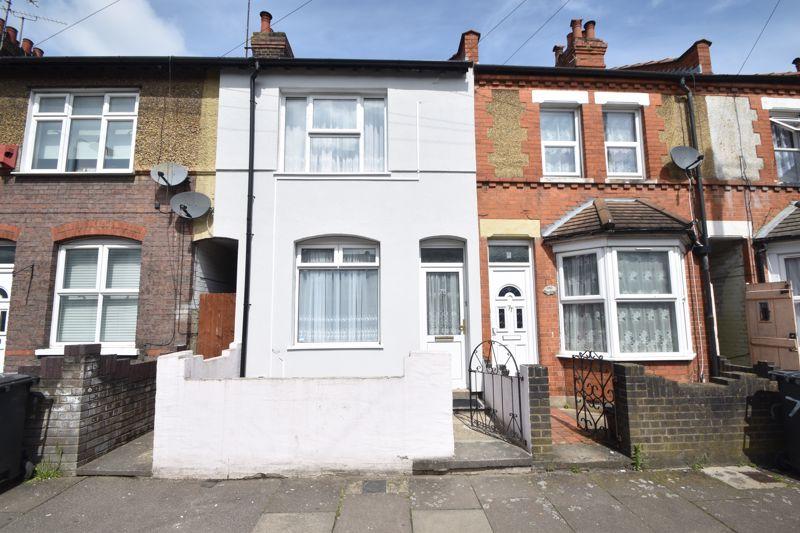3 bedroom Mid Terrace to buy in Dane Road, Luton