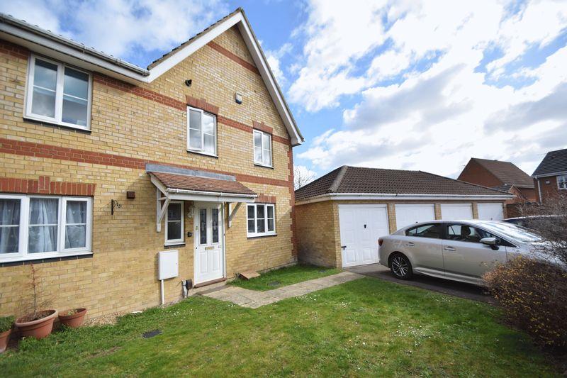 3 bedroom End Terrace to rent in Coopers Way, Dunstable