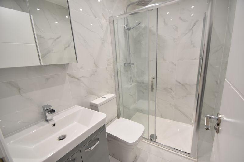 2 bedroom Flat to rent in Napier Road, Luton - Photo 1