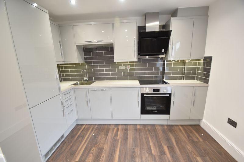 2 bedroom Flat to rent in Napier Road, Luton - Photo 6