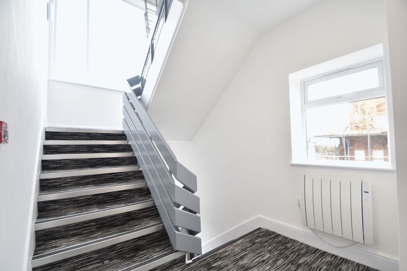 2 bedroom Flat to rent in Napier Road, Luton - Photo 13