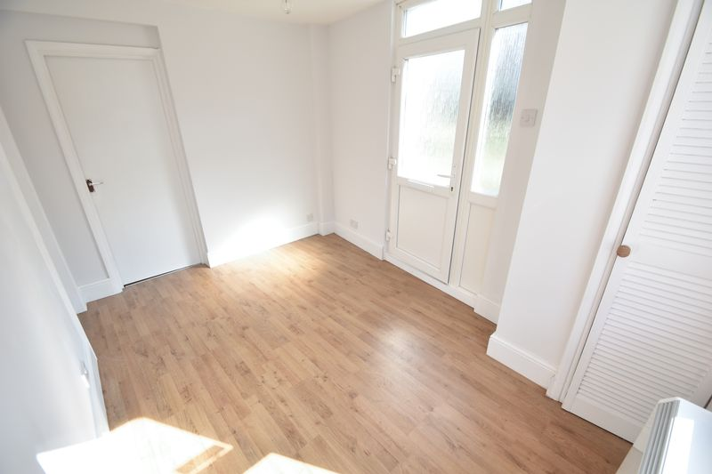 1 bedroom Flat to rent in North Street, Luton - Photo 2