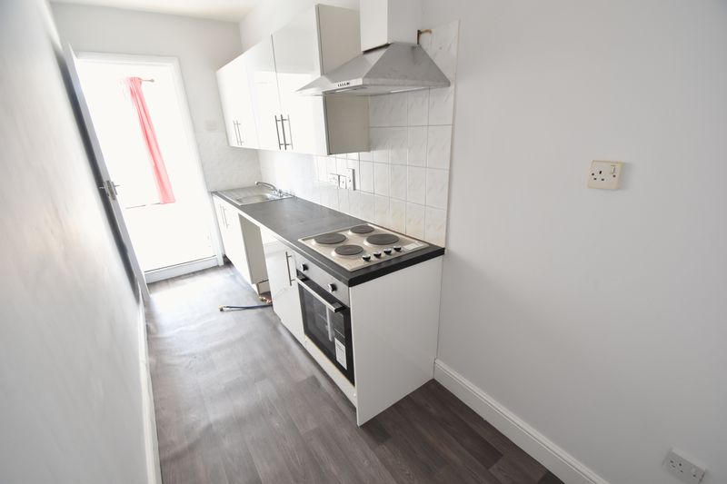 1 bedroom Flat to rent in North Street, Luton - Photo 7