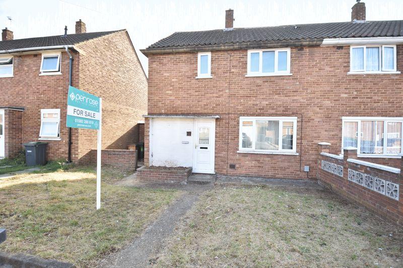 3 bedroom Semi-Detached  to buy in Carteret Road, Luton - Photo 14