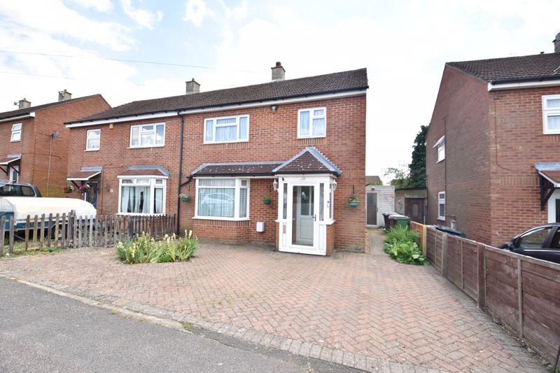 3 bedroom  to buy in Farley Farm Road, Luton