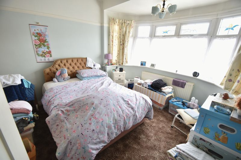 3 bedroom Bungalow to buy in Stanford Road, Luton - Photo 1