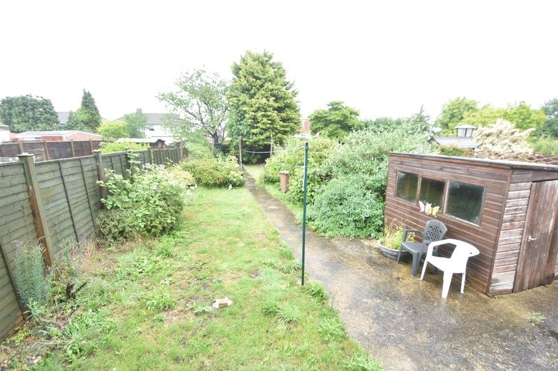 3 bedroom Bungalow to buy in Stanford Road, Luton - Photo 7