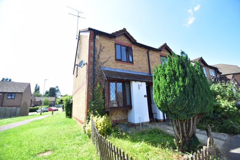 2 bedroom Semi-Detached  to buy in Malthouse Green, Luton