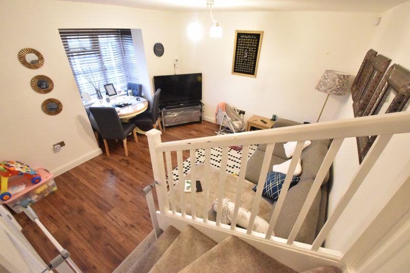 2 bedroom End Terrace to buy in Ellenhall Close, Luton - Photo 9