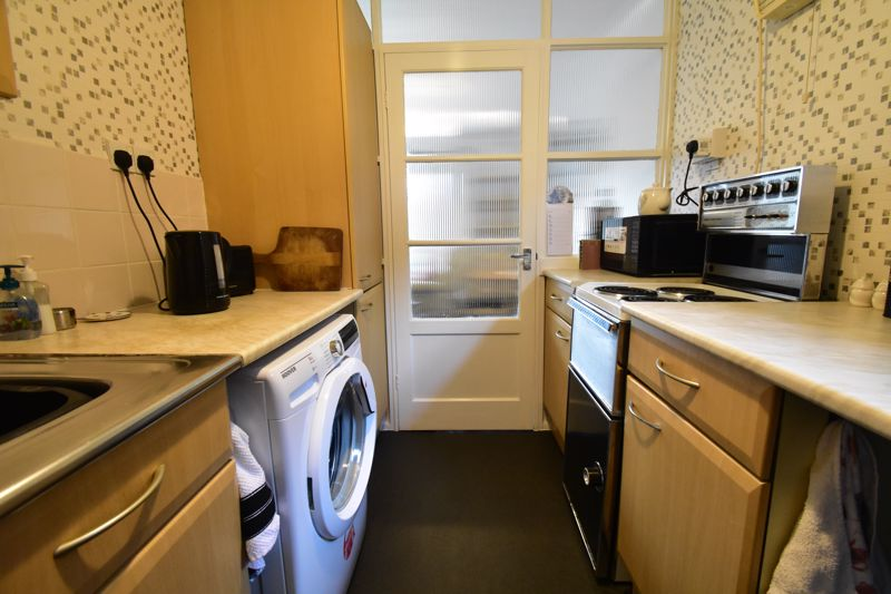 1 bedroom Maisonette to buy in Seaford Close, Luton - Photo 18