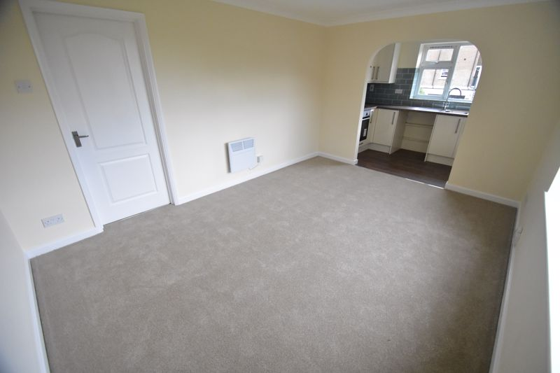 1 bedroom Flat to buy in High Town Road, Luton - Photo 3