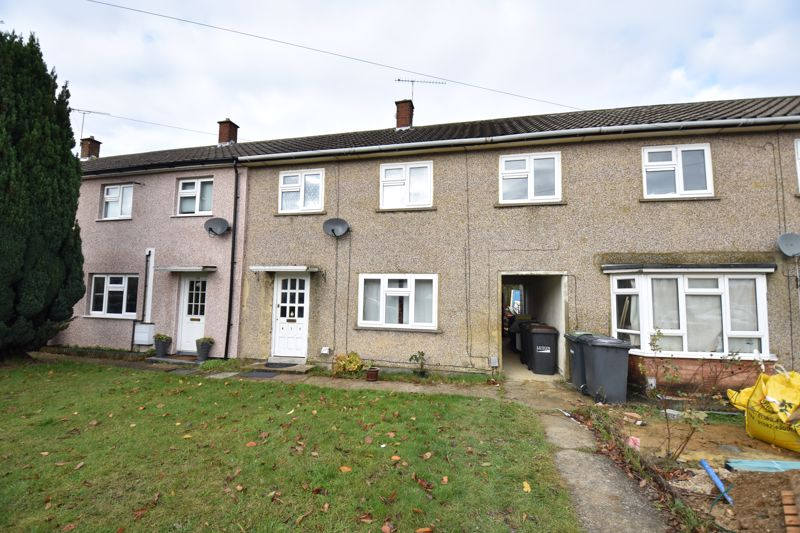 3 bedroom Mid Terrace to buy in Leagrave High Street, Luton