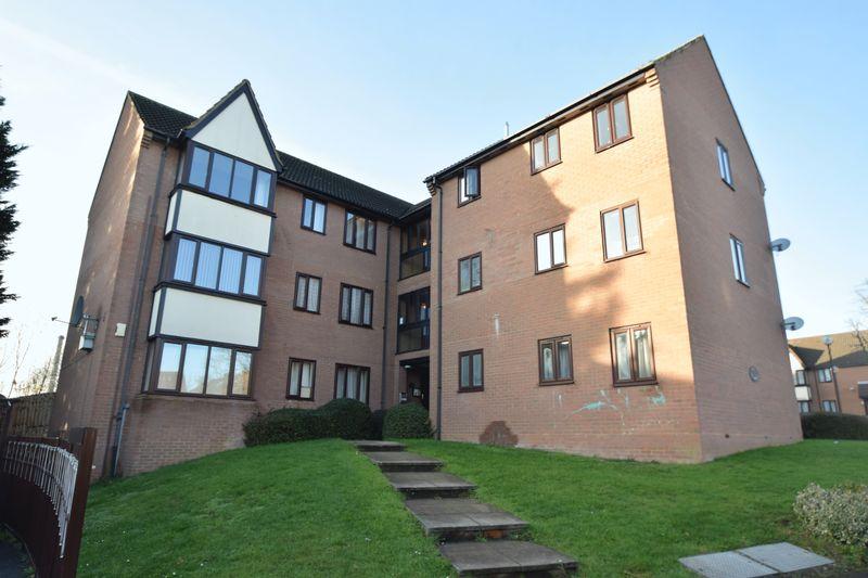 2 bedroom Flat to buy in Petunia Court, Dorrington Close, Luton