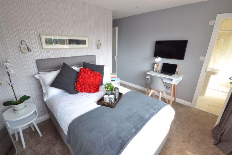 1 bedroom Apartment / Studio to rent in Ketton Close, Luton - Photo 1