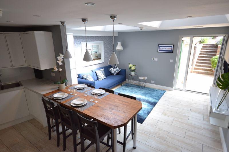 1 bedroom Apartment / Studio to rent in Ketton Close, Luton - Photo 5
