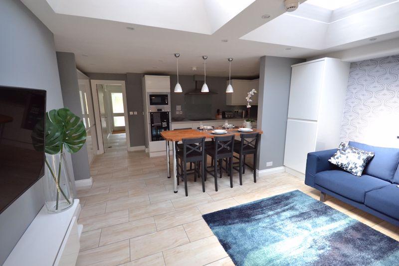 1 bedroom Apartment / Studio to rent in Ketton Close, Luton - Photo 6