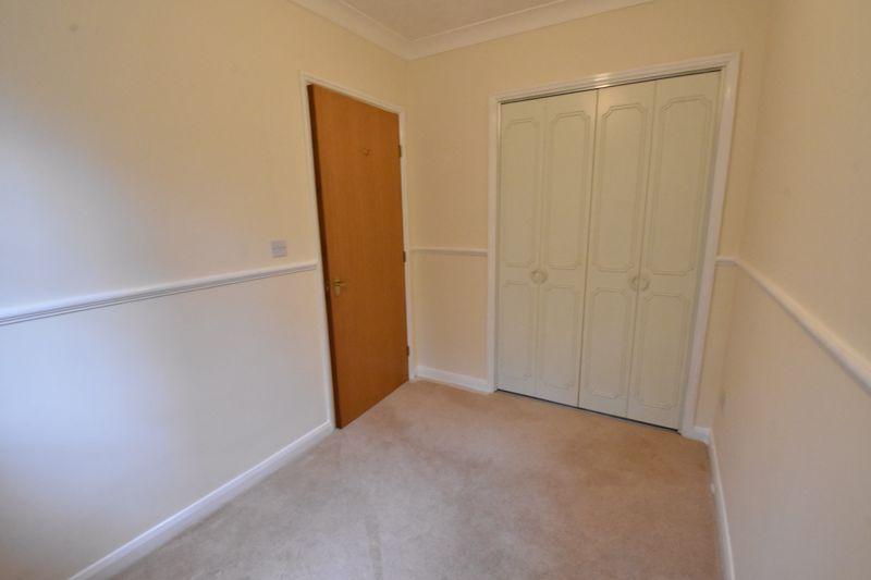 2 bedroom Flat to rent in Earls Meade, Luton - Photo 3