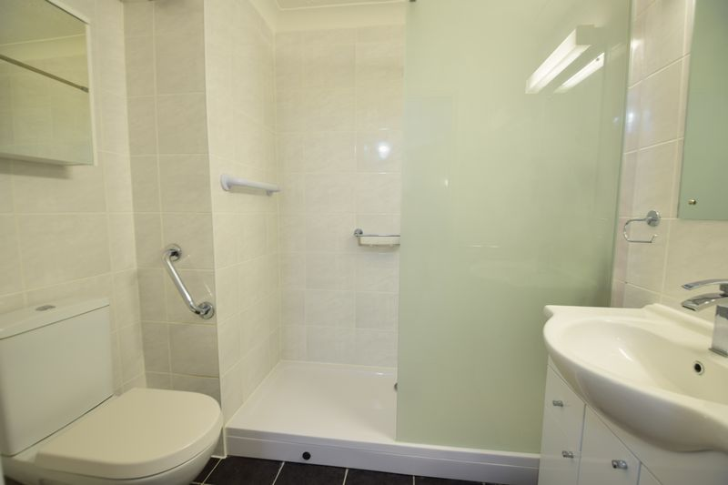 1 bedroom Flat to buy in Old Bedford Road, Luton - Photo 6