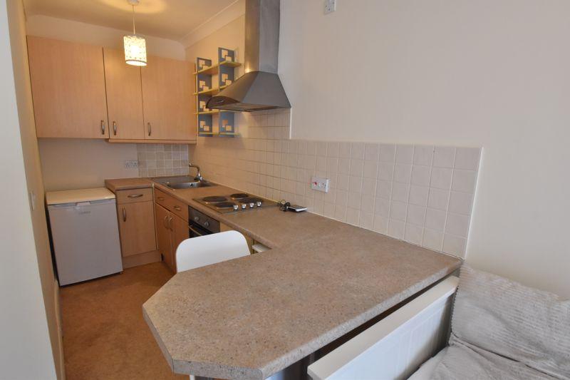 1 bedroom Maisonette to buy in Wensleydale, Luton - Photo 8