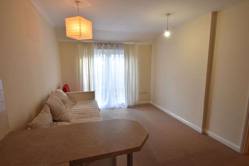 1 bedroom Maisonette to buy in Wensleydale, Luton - Photo 9